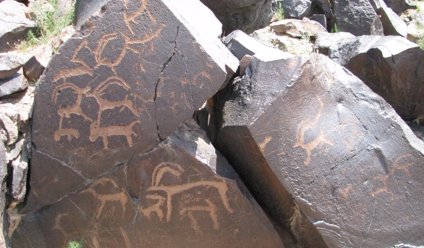 Cave painting in Tevsh mountain